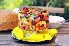 Színes gyümölcssaláta