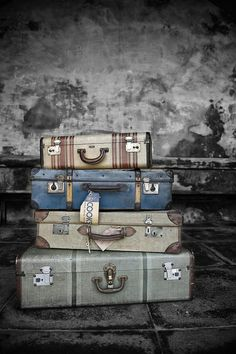browndresswithwhitedots: Vintage Luggage Parmiters Antiques Southsea by THOR on Flickr.