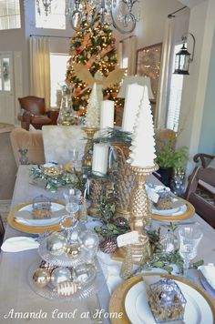 Tablescape:  Amanda Carol at Home: Christmas Tablescape
