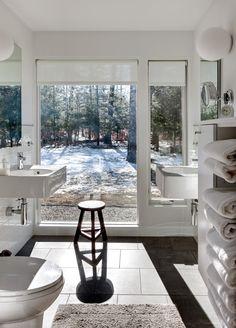 white wallhung sinks