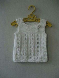 "Ravelry: Woollahoo's barselsgave ""Nice lace rib pattern, on a simple sweet vest. Baby Boy Knitting Patterns, Knitting For Kids, Crochet For Kids, Baby Patterns, Knit Patterns, Crochet Baby, Knit Crochet, Baby Vest, Baby Cardigan"
