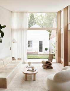 Jenna and Josh Densten's Dreamy New Family Home Vintage Dining Chairs, Vintage Sofa, Diy Blinds, Butterfly House, Backyard Studio, House Blinds, The Design Files, Minimalist Living, Home Decor Kitchen
