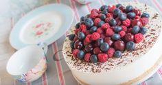 Recetas de postres: Tarta fría de yogur y frutas