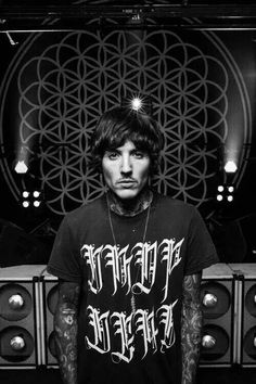 Oliver Sykes, Bring me the horizon
