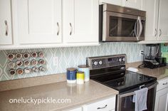 One Lucky Pickle: Instant {removeable} Backsplash for $30. Great option for a quick, temporary fix, or for renters.