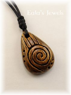 Heart of earth little pendant 3 by on DeviantArt Dremel Wood Carving, Stone Carving, Driftwood Jewelry, Wooden Jewelry, Coconut Shell Crafts, Whittling Wood, Clay Art Projects, Wood Necklace, Viking Jewelry