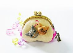 Coin purse / Cat purse / Metal frame purse / 85 cm by DooDesign, $22.90    I DIDN'T MAKE THIS BUT THIS SHOP IS SO DANG CUTE WANTED TO LET EVERYONE SEE IT. GO TO ETSY.COM AND LOOK FOR HER.    THANKS.     ALANA  OhayoMtnDesigns