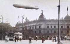Undatiert:Zeppelin ueber Breslau. Genius Loci, Travel Abroad, Beautiful Buildings, European Travel, Zeppelin, Old Pictures, Budapest, Diorama, Poland