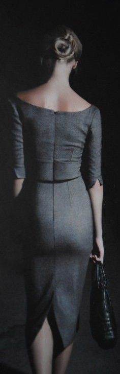 slit detail on elbow-length sleeve ... what about the drab gray ... please, there's enough gray in life, right?