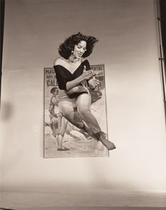 Philippe Halsman photograph of Mexican actress Maria Felix, Divas, Mexico People, Philippe Halsman, Maria Felix, Mexican Actress, Frozen In Time, Old Hollywood Glamour, Before Us, Portrait Photographers