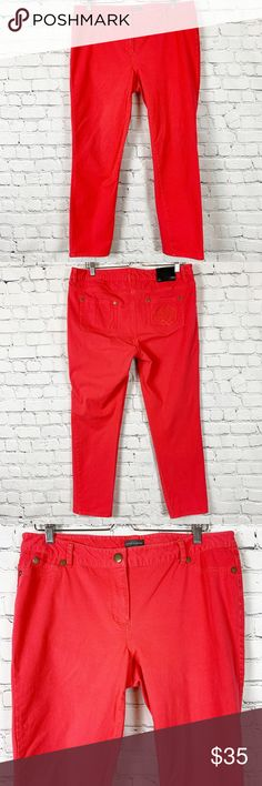 TWO by Vince Camuto Fiery Red Floral Stars Stretch Denim Shorty Jeans $99