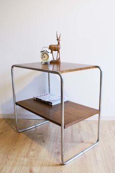 Vintage tafel in gispen stijl. Retro design bijzettafel | -Sold- | Flat Sheep