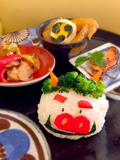 posted by @kazoomin 節分鬼ぎり #obentoart #鬼 #おにぎり Bento Box Lunch, Caprese Salad, Japan, Nice, Food, Pretty, Essen, Meals, Nice France