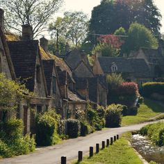 "alrauna:  ""  © Alrauna  Arlington Row weavers cottages in Bibury, Cotswolds, England.  """