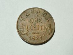 """Top 10 Rare Canadian Pennies include the 1936 dot penny, the 1955 """"No Shoulder Fold"""" (NSF) and 1954 NSF. These are very valuable pennies indeed. Valuable Pennies, Rare Pennies, Valuable Coins, Canadian Penny, Canadian Coins, Thousand Dollar Bill, Old Coins Worth Money, Penny Values, Coin Auctions"""