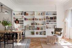 Pladur: how much do the walls, partitions and custom furniture of plasterboard cost? Dining Room Office, Home Office Space, Bookshelves Built In, Large Bookcase, Home Libraries, Room Shelves, Ideal Home, Home And Living, Home Interior Design