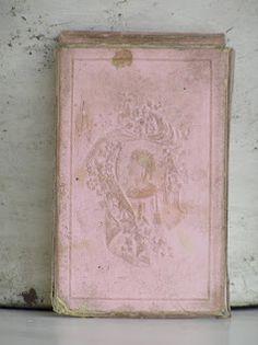 vintage French folder for cards