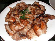 絕:1.選對肉的部位 2.醃料正確 就保正好吃啦! 作法:1.選一塊Pork Neck(豬頸肉),大約一公斤上下…切成三小長條 2.用醃料醃四小時以上or隔夜更好吃。 醃料:海鮮醬(同珍的牌子)、燒烤醬(李祥和)、五香粉一小勺、白胡膠粉一些、糖、塩、蒜...