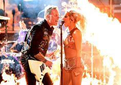 FOTOS HQ: Lady Gaga se apresenta no Grammy Awards 2017 com a banda Metallica (12/02) - RDT Lady Gaga