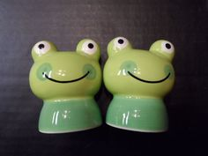 Salt Pepper Shakers Set Frogs Toads Bulging Eyes Collectible Kitchen Decor  | Collectibles, Kitchen & Home, Kitchenware | eBay!