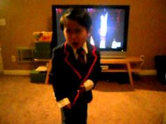 Meg Baisden posted this mini warbler performing to teenage dream (glee). Though Dom is kind of like my little asian mini warbler :) Rachel And Finn, Teenage Dream, Music Tv, Videos Funny, Cute Kids, Make Me Smile, I Laughed, Laughter, Fangirl