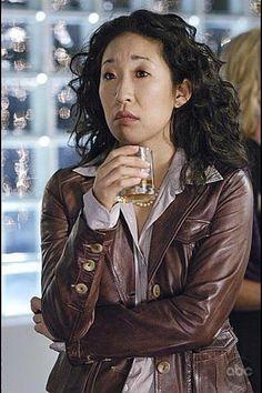 Sandra Oh als Cristina Yang Grey's Anatomy, Grays Anatomy Tv, Sandra Oh, Cristina Yang, Beverly Hills, Baby Room Art, Baby Rooms, Nautical Looks, Baby Blue Colour