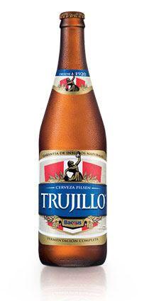 Pilsen Trujillo Generosa calidad. Trujillo es una cerveza de gran trayectoria, que nació en 1920 en la ciudad de Trujillo, como una marca regional y que hoy, se disfruta a nivel nacional.  Esta cerveza, es reconocida por su cuidadoso proceso de fermentación completa que garantiza que su calidad y sabor sean siempre los mismos, para que puedas compartirla con los que más quieres.
