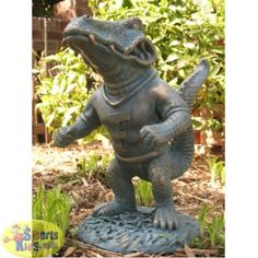 Oxbay Florida Gators Mascot Garden Statue is a great addition to any ...
