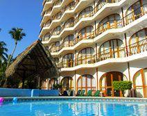 Hotel Real Bananas, Acapulco, Guerrero - A 2 cuadras de la Costera, atras del Club de Golf y Centro de Convenciones.