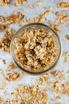 Coconut Quinoa Granola made with coconut oil quinoa rolled oats chia seeds and more. Breakfast Items, Breakfast Recipes, Breakfast Bowls, Coconut Quinoa, Coconut Oil, Whole Food Recipes, Snack Recipes, Brunch Recipes, Yummy Recipes