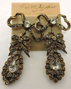 KENNETH JAY LANE GOLDTONE CRYSTAL BOW DANGLE EARRINGS CLIP ONS | Jewelry & Watches, Vintage & Antique Jewelry, Costume | eBay! Kenneth Jay Lane, Vintage Jewellery, Antique Jewelry, Clip, Eat Cake, Costume Jewelry, Vintage Antiques, Dangle Earrings, Jewelry Watches