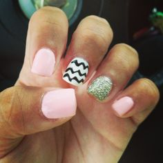 Glitter cheveron light pink nails.  Nail art. First day of school nails. Pretty and simple nail