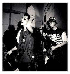 [SCAN] Overdose Polaroid Set 11 - BAEKHYUN and KAI. cr.manapia -Y- pic.twitter.com/97lEnNJVjY