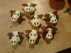 Best cow cupcakes I've seen for a while!