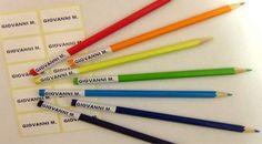 Etichette ADESIVE con Nome antigraffio per pennarelli o oggetti per la scuola, le trovi qui: http://www.coccobaby.com/prodotto/accessori/etichette-con-nome/676/busta-con-16-o-32-o-50-etichette-con-nome-adesive
