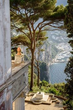 Villa Lysis in Capri, Italy Oh The Places You'll Go, Places To Travel, Travel Destinations, Romantic Destinations, Beautiful World, Beautiful Places, Northern Italy, Travel Aesthetic, Architecture