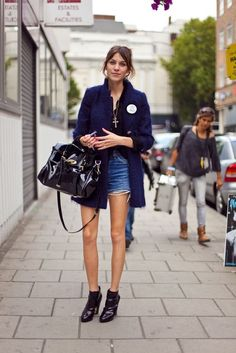 ALEXA CHUNG HAS IT