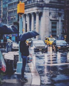 Good morning New York! #rain #umbrella #nyc #manhattan #shop #raingear @niurain #fall #2018 Manhattan, Nyc, Rain Gear, New York, When It Rains, Good Morning, Times Square, Street View, In This Moment