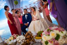 Magical and unforgettable moments, to much love and lot of colors, the result? Amazing pictures!  #wedding #weddings #boda #weddingparty #chic #groom #bride #couple #novia #photoshoot #photography #photographer #clickphotographersweddings