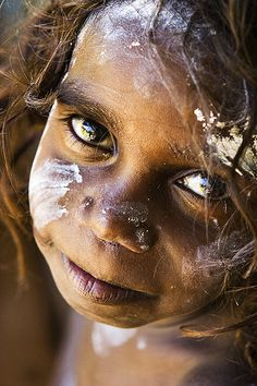 Aboriginal child photographed by Cameron Herweynen