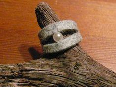 Ringe - hübscher Filzring - ein Designerstück von Marion-Franzen bei DaWanda, 8,90