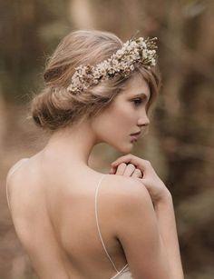 coiffure mariage avec bandeau httplemariagexyzcoiffure mariage - Point Mariage Perpignan