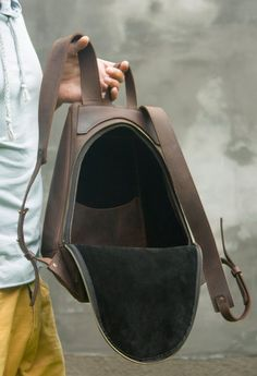 Leather brown backpack Man backpack Brown man rucksack Backpack vintage leather City-style backpack Travel bag Man daily pack – Men's style, accessories, mens fashion trends 2020 Best Laptop Backpack, Backpack Travel Bag, Rucksack Backpack, Backpack Purse, Laptop Bags, Camo Purse, Mens Travel Bag, Travel Bags For Women, Cuir Vintage