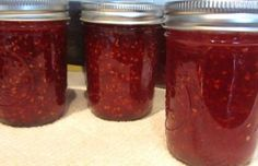 Raspberry Habanero Jam Found on cook.com. A blog about canning, dehydrating, food preservation, self-sufficiency, homesteading.