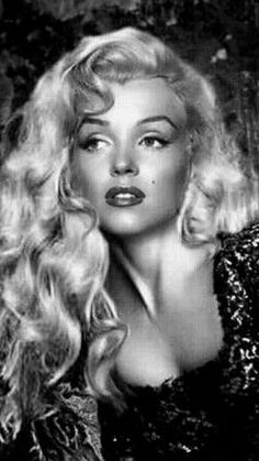 Marilyn Monroe Portrait, Marilyn Monroe Quotes, Joe Dimaggio, Hollywood Glamour, Classic Hollywood, Estilo Marilyn Monroe, Celebrities Exposed, Black And White People, Most Beautiful Faces