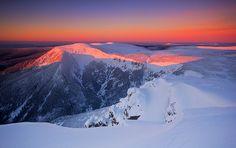 Winter in the Czech Republic,  Krkonose, Mount Snezka,  Winter classic by Marcin Jagiellicz on 500px