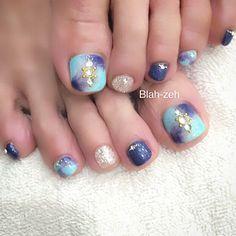 Pedicure Designs, Toe Nail Designs, Pretty Toes, Pretty Nails, Aloha Nails, Cute Pedicures, Painted Toes, Feet Nails, Japanese Nails