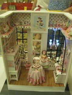 The cupcake shop - miniature