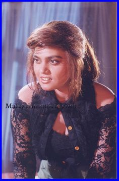 https://eyeofthecylone.files.wordpress.com/2012/03/silk-smitha2.jpg