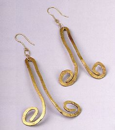 Earrings |  Alexander Calder.  Sold at Ketterer Kunst Munchen, May 25 1998 "|236|265|?|410992e6eac86366a8aef37574ee70c1|False|UNLIKELY|0.30641061067581177